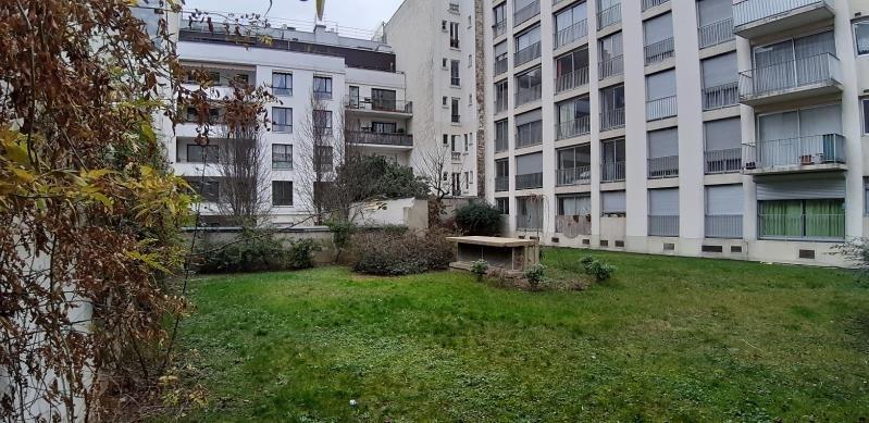 Alquiler  apartamento Paris 18ème 860€ CC - Fotografía 3