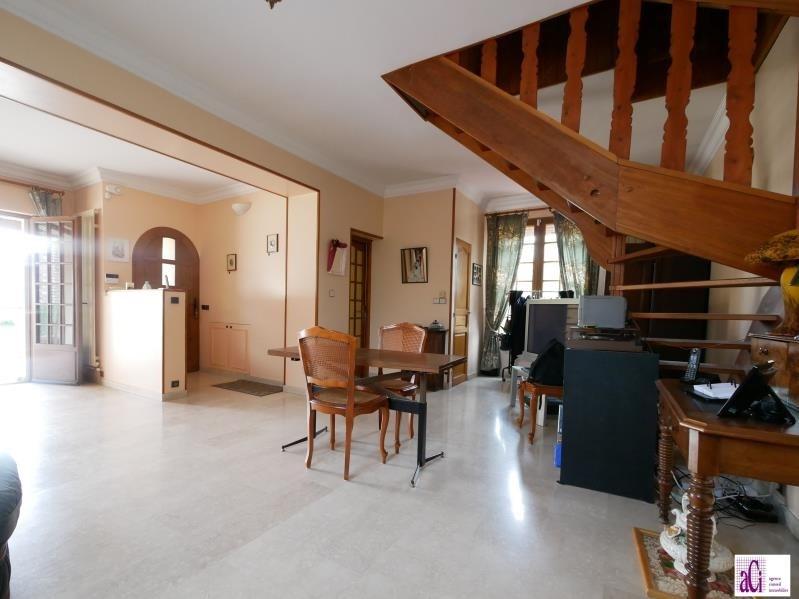 Sale house / villa L hay les roses 564000€ - Picture 3