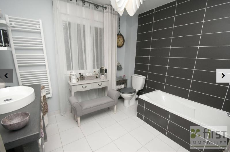 Sale house / villa Monnetier mornex 354900€ - Picture 1