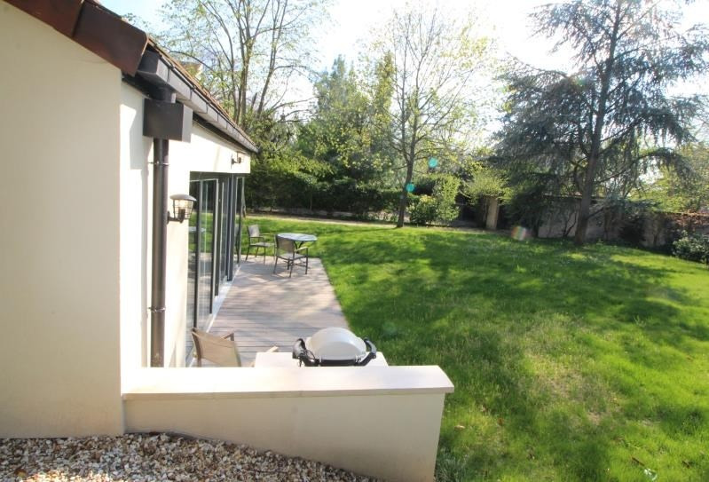 Deluxe sale house / villa Le vesinet 1490000€ - Picture 3