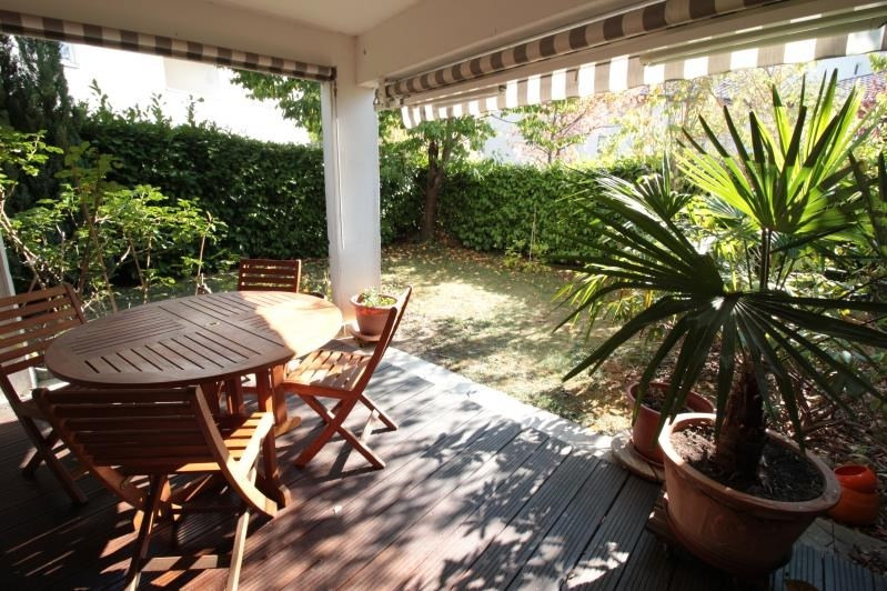 Sale apartment Annecy 380 000€ - Picture 1