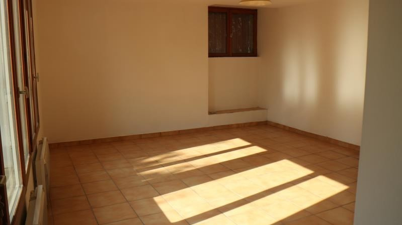Location appartement Chartrettes 480€ CC - Photo 3