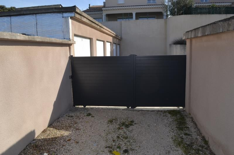 Rental parking spaces Montelimar 100€ CC - Picture 1