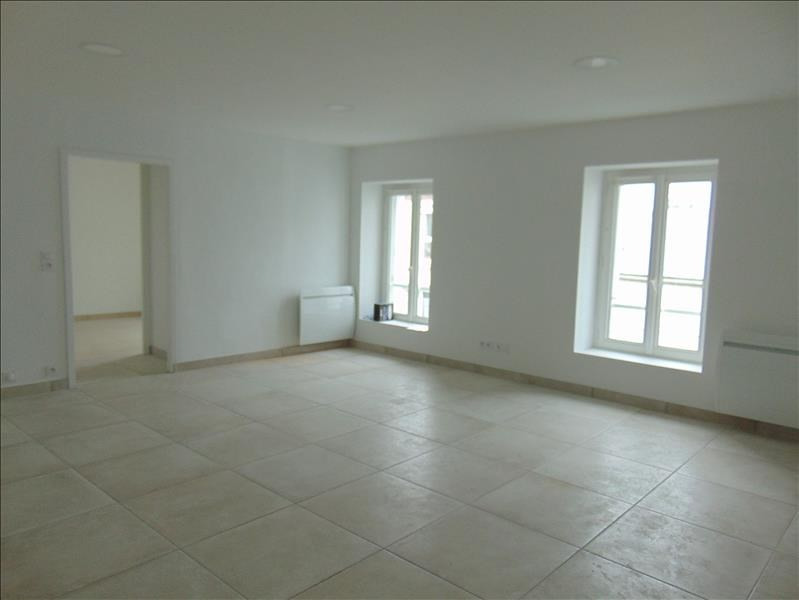 Location appartement St andre de la marche 470€ CC - Photo 3