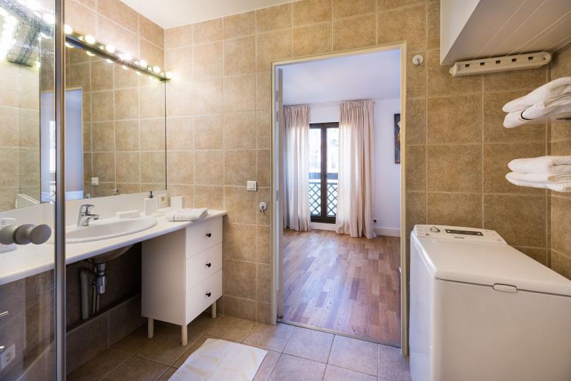 Rental apartment Paris 17ème 3000€ CC - Picture 7
