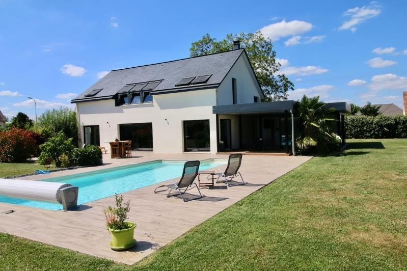 Deluxe sale house / villa Evreux 585 000€ - Picture 1
