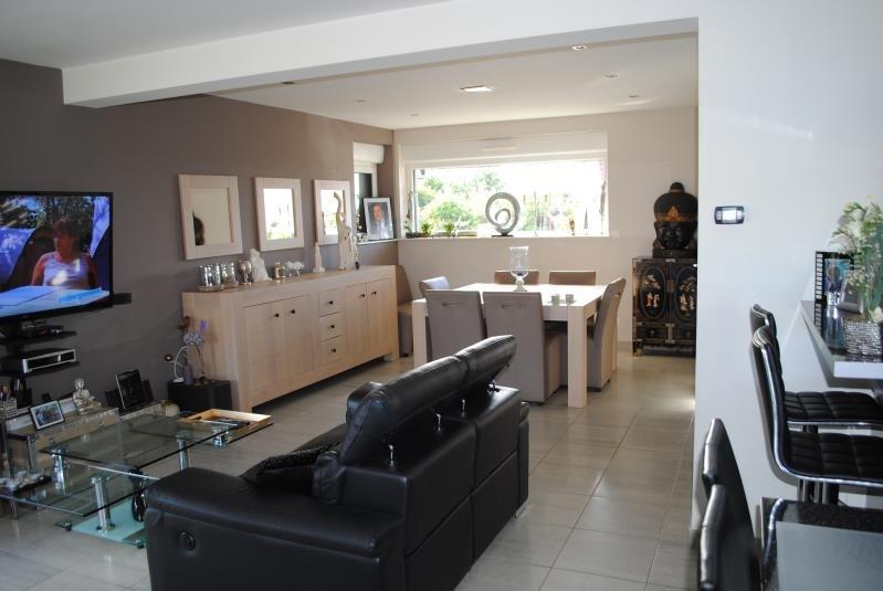 Sale house / villa Brouckerque 407940€ - Picture 1