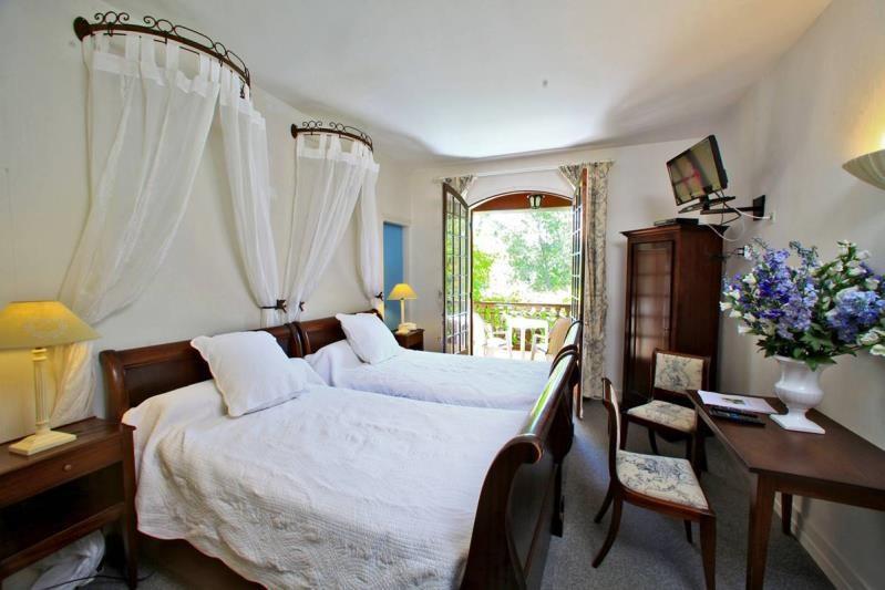 Vente de prestige maison / villa Vieux-mareuil 609000€ - Photo 10
