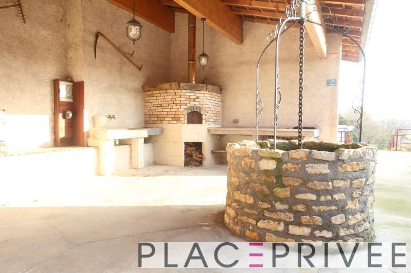 Sale house / villa Maizieres 285000€ - Picture 1