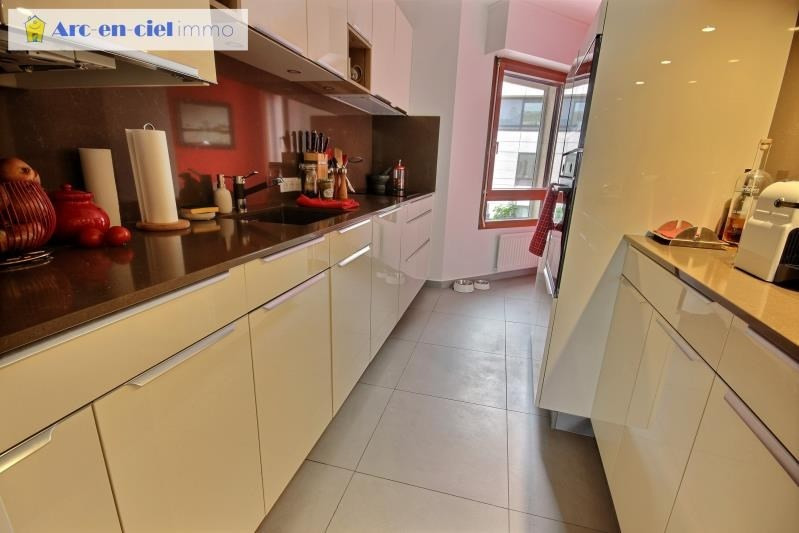 Sale apartment Rueil malmaison 824000€ - Picture 7