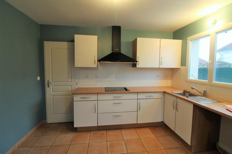 Rental house / villa Le grand lemps 860€ CC - Picture 3