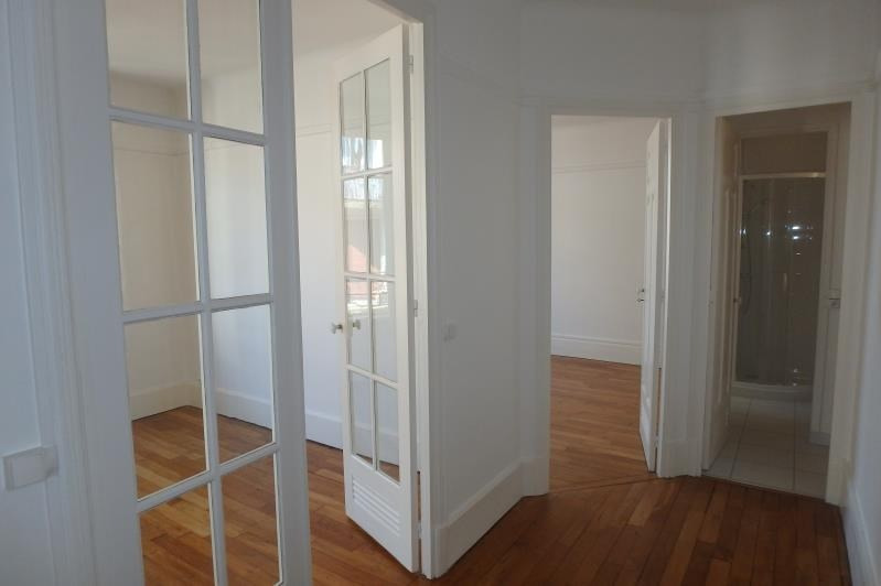 Rental apartment Viroflay 957€ CC - Picture 5
