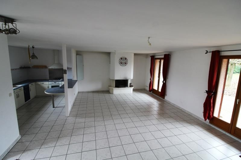 Revenda casa Voiron 320000€ - Fotografia 2