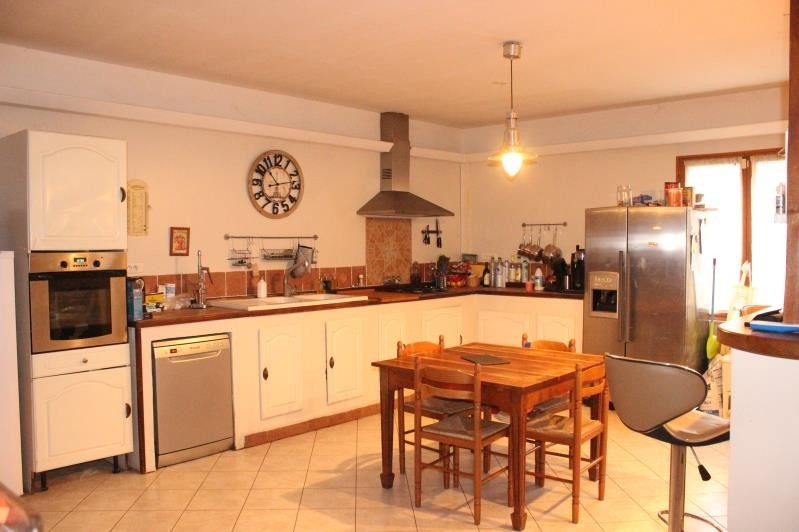 Sale house / villa La ferte gaucher 205000€ - Picture 4
