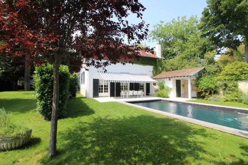Deluxe sale house / villa Croissy sur seine 1490000€ - Picture 1
