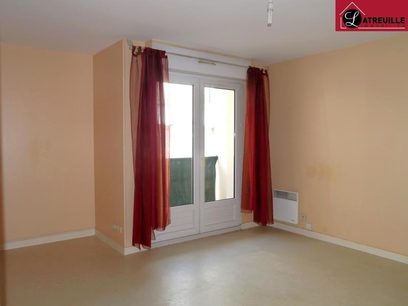 Location appartement Saintes 435€ CC - Photo 1