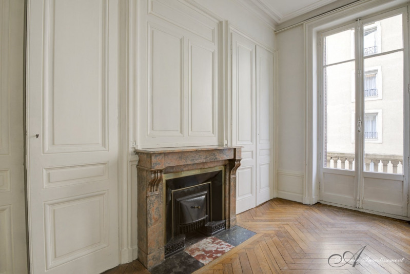Deluxe sale apartment Lyon 6ème 650000€ - Picture 3