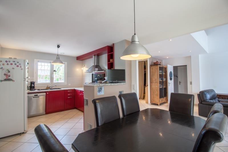 Sale house / villa Lescar 275600€ - Picture 2