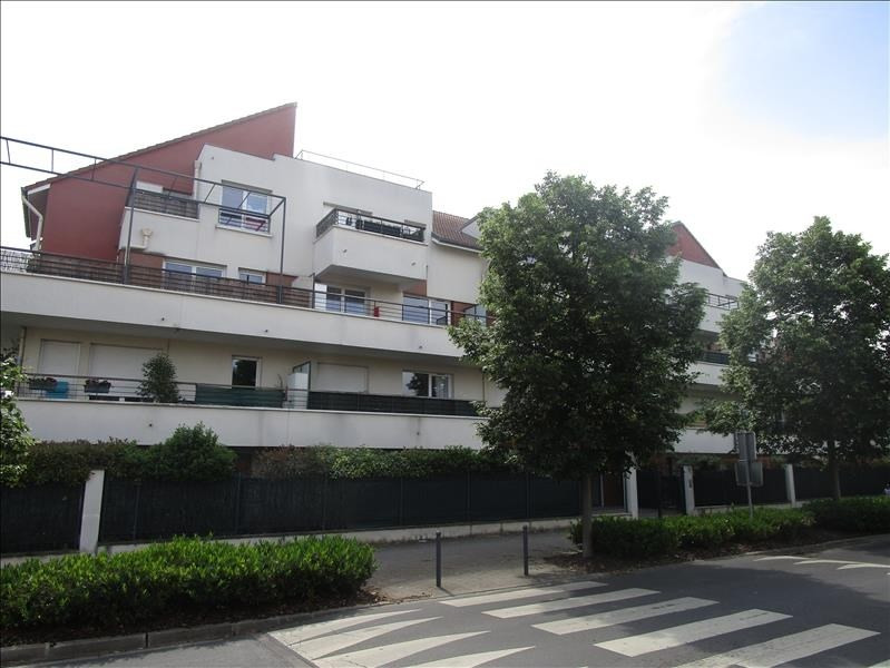 Sale apartment Herblay 179000€ - Picture 1