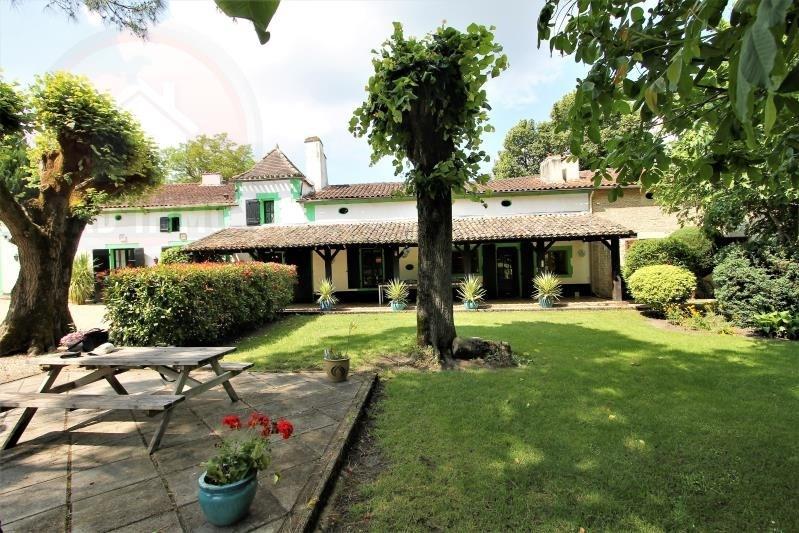 Deluxe sale house / villa Le fleix 690000€ - Picture 1