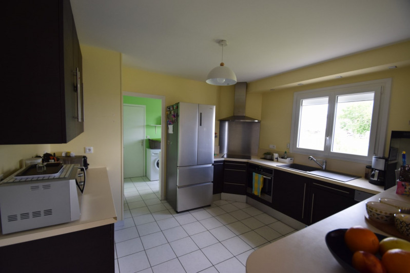 Sale house / villa Moyon 155000€ - Picture 5