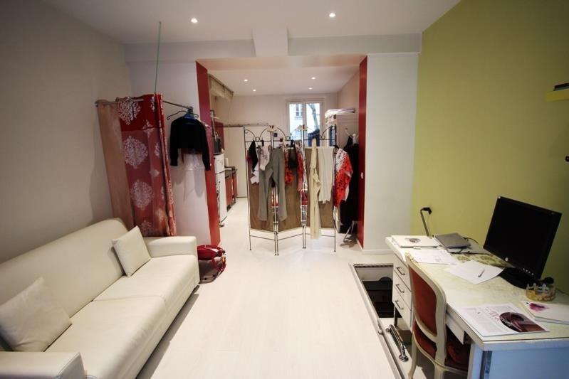 Venta  apartamento Paris 15ème 355000€ - Fotografía 1