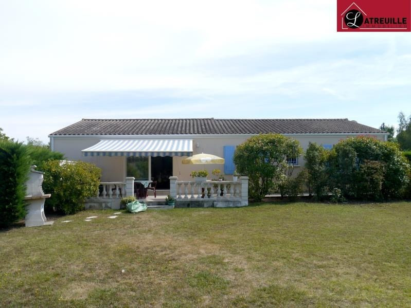 Sale house / villa Gemozac 240 350€ - Picture 1