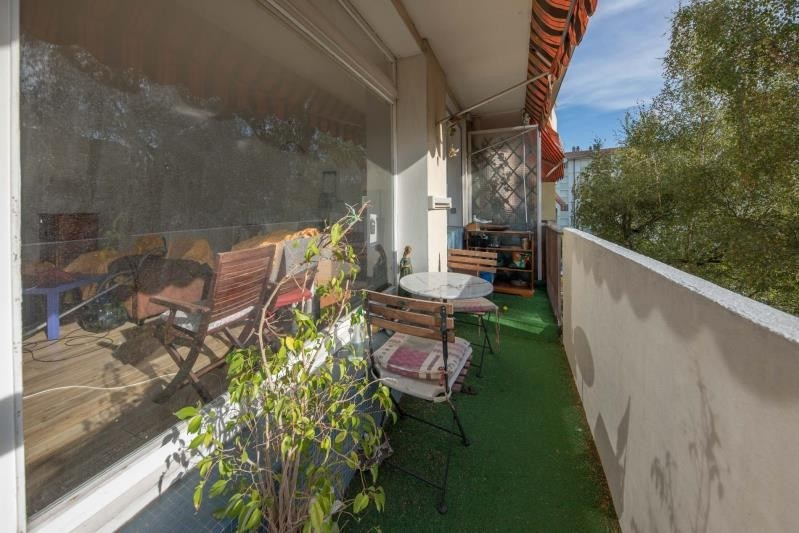 Sale apartment Annecy 350 000€ - Picture 3