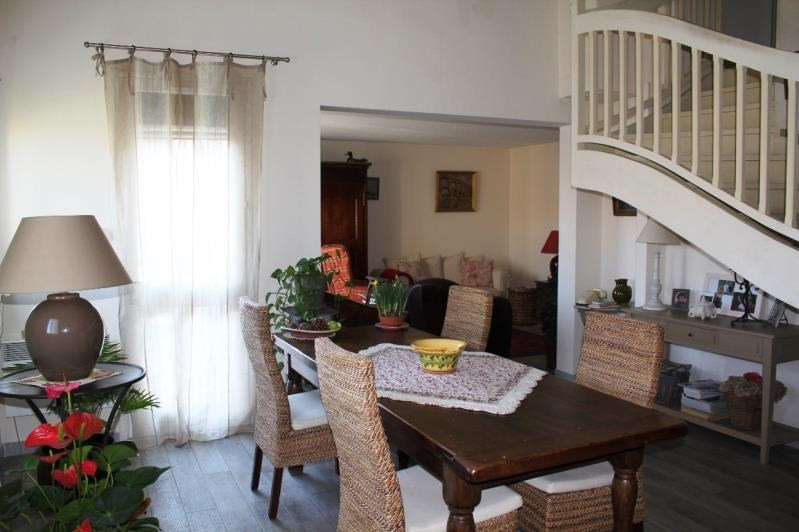 Sale apartment Villeneuve les avignon 304 000€ - Picture 5