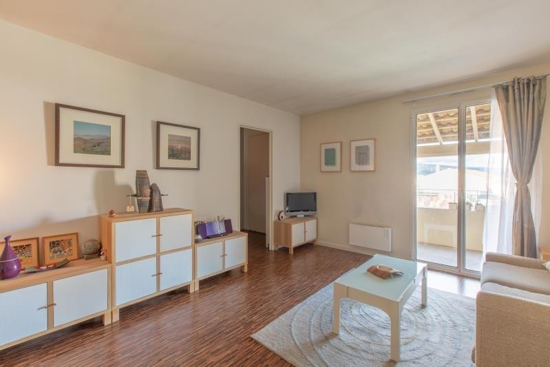Sale house / villa Trets 375000€ - Picture 2