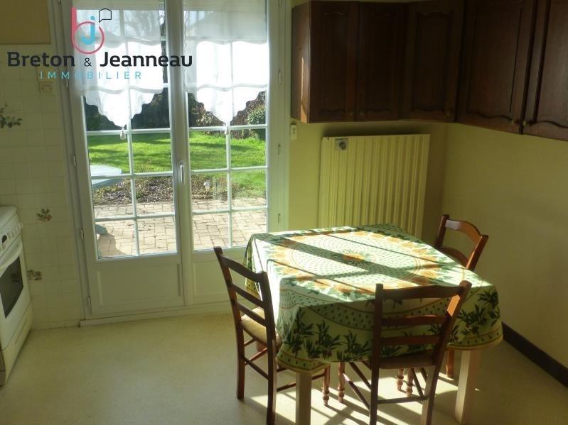 Sale house / villa Saint berthevin 159640€ - Picture 4