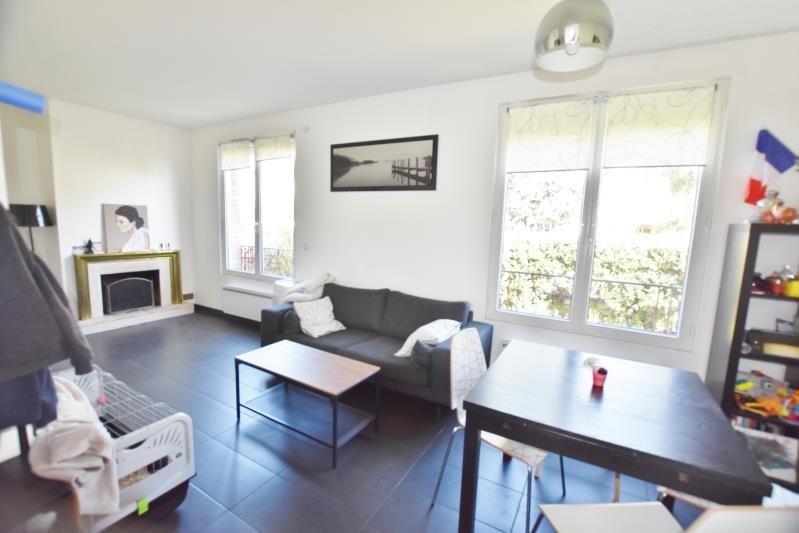 Location maison / villa Houilles 1300€ CC - Photo 3