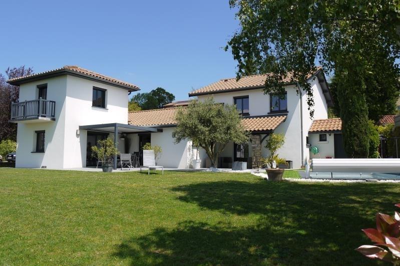 Sale house / villa St prim 497000€ - Picture 2
