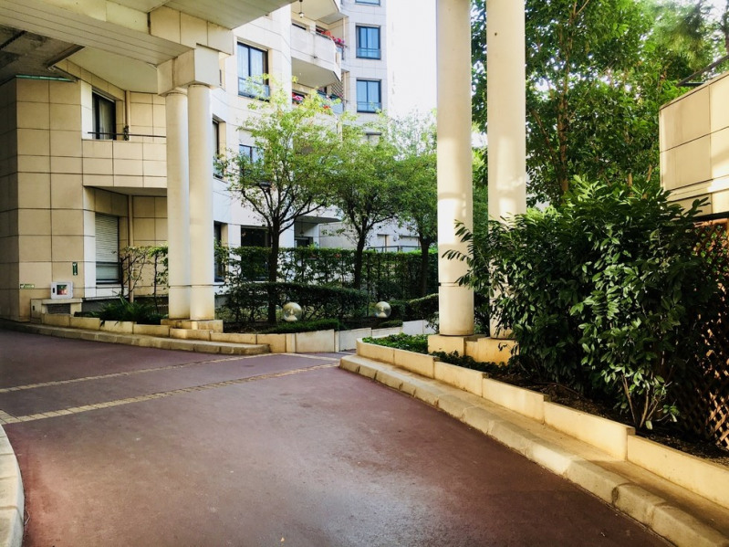 Vente appartement Paris 18ème 390000€ - Photo 8