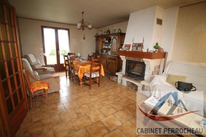 Vente maison / villa La chartre sur le loir 141500€ - Photo 3