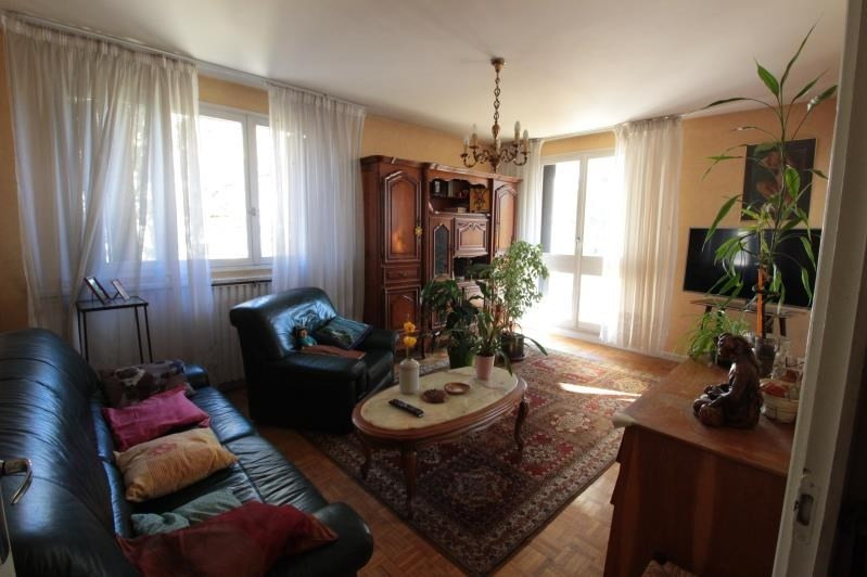 Sale apartment Annecy le vieux 418000€ - Picture 2