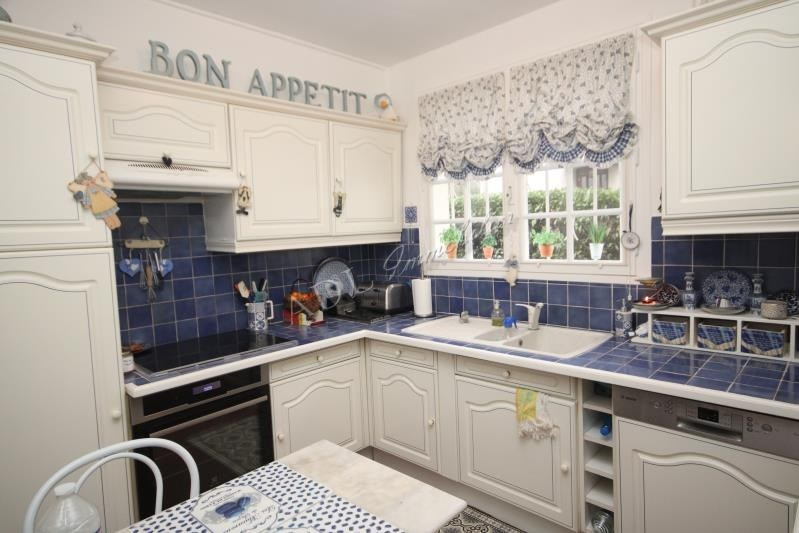 Sale house / villa Luzarches 530000€ - Picture 4