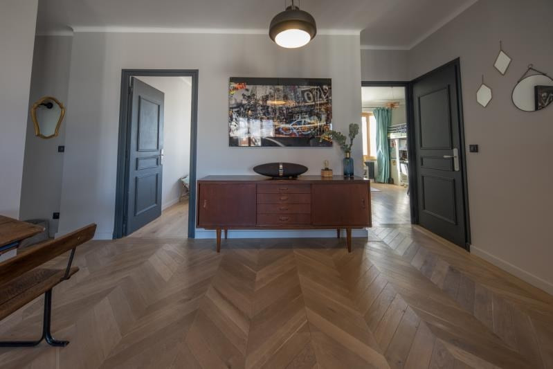 Deluxe sale apartment Annecy 690 000€ - Picture 3