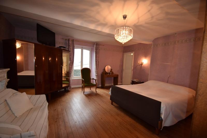 Sale house / villa Villers bocage 318000€ - Picture 10