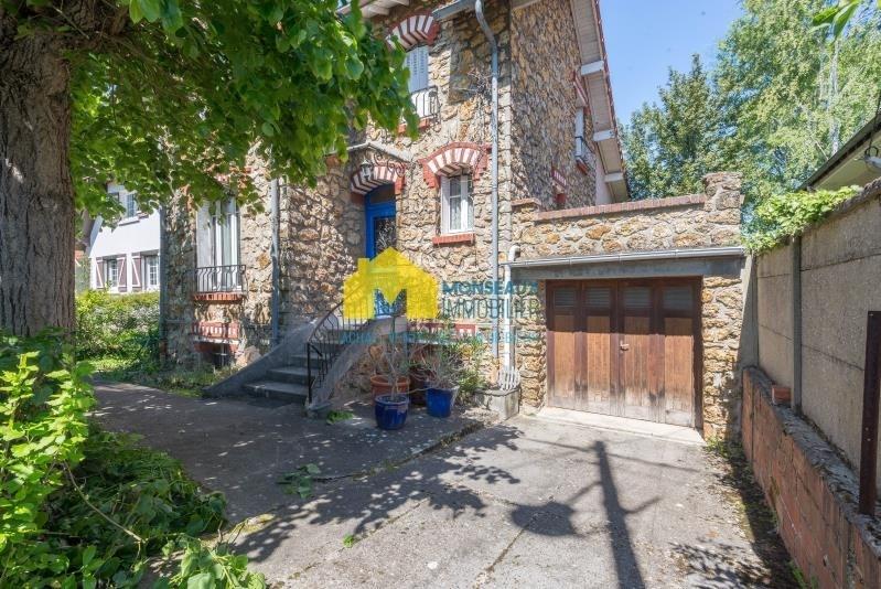 Sale house / villa Ste genevieve des bois 455000€ - Picture 1