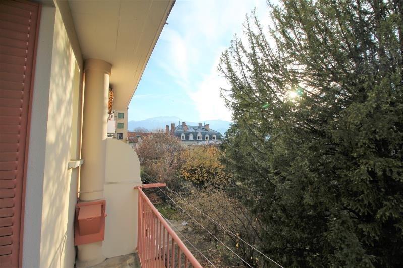 Rental apartment Voiron 460€ CC - Picture 1