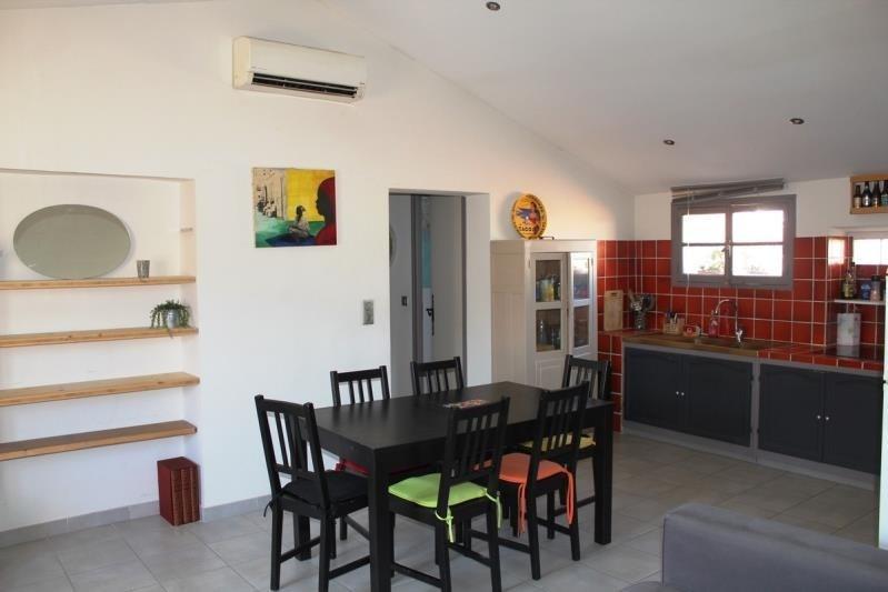 Rental apartment Villeneuve les avignon 750€ CC - Picture 3