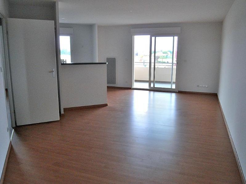 Rental apartment Frouzins 639€ CC - Picture 4