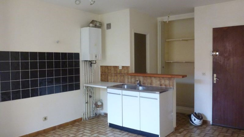 Rental apartment La ferte alais 625€ CC - Picture 3