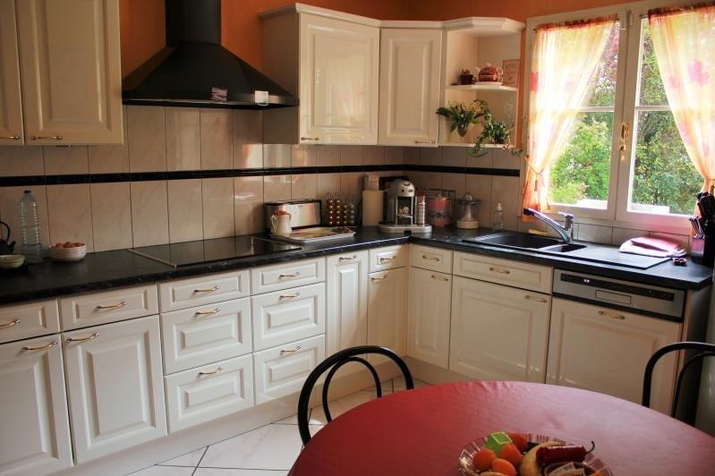 Sale house / villa Osny 460600€ - Picture 3