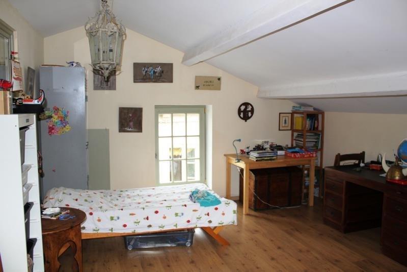 Sale house / villa Villeneuve les avignon 399000€ - Picture 9