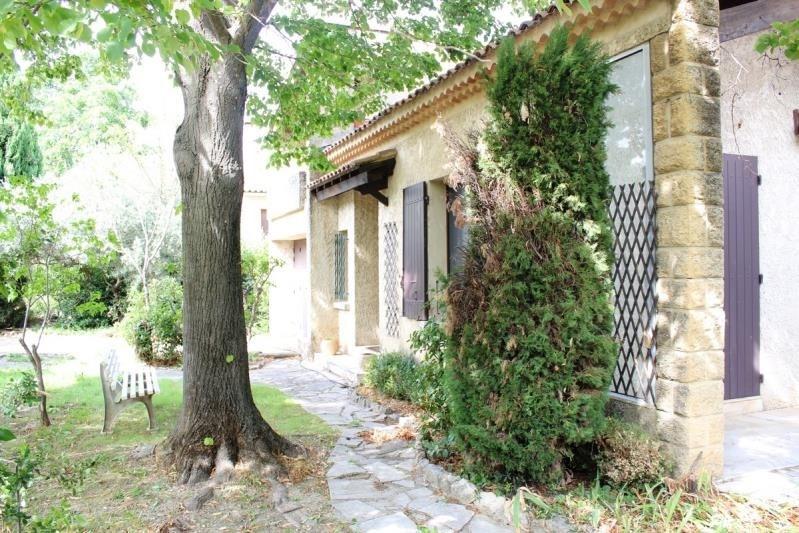 Sale house / villa Villeneuve les avignon 350000€ - Picture 2