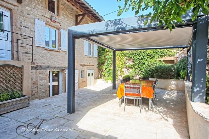 Deluxe sale house / villa Liergues 787500€ - Picture 1