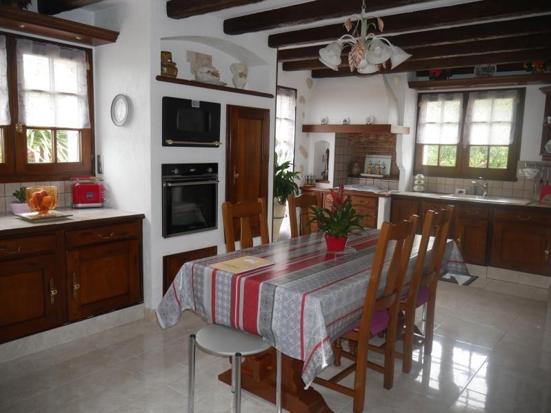 Sale house / villa St hilaire la foret 442000€ - Picture 3