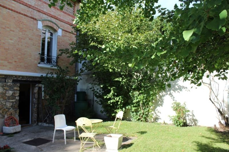 Deluxe sale house / villa Bois colombes 1 210 000€ - Picture 2